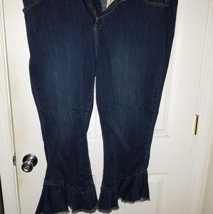 Nwt Lane Bryant Ruffle Bottom Cropped Jeans Size